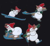 63668-lot De 4 Pin's.Noel.Fetes. - Navidad