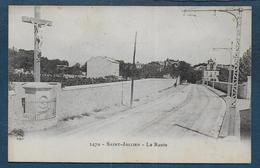 ST JULLIEN - La Route - Saint Barnabé, Saint Julien, Montolivet