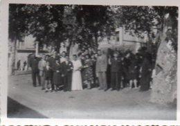 Gr03V  04 Riez Photo Mariage Sur La Place Années 30/40 - Autres Communes