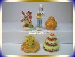 Artisanat Et Tradition ... 5 Fèves ... Ref AFF: 55-1997...( Pan.005) - Autres