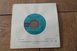 Disque 45 Tours  Dans Sa Pochette D Origine :Annie Cordy Docteur Miracle Au Zoo De Vincennes  Houla Houp Mon Homme à Moi - 45 T - Maxi-Single