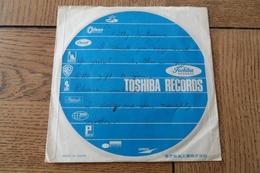 Disque 45 Tours  Japonais  Dans Sa Pochette D Origine   Années 1955 /60 - 45 T - Maxi-Single