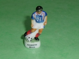 Fèves / Sports : Foot , B Ngotty , FFF  ( 38 Mm  )   T14 - Deportes
