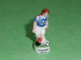 Fèves / Sports : Foot , N Ouedec , FFF  ( 38 Mm  )   T14 - Sports