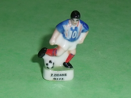 Fèves / Sports : Foot , Z Zidane, FFF  ( 34 Mm  )   T14 - Deportes