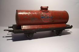 SNCF  - LE RAPIDE  -LR -( Louis Roussy ) - WAGON CITERNE  - ESSENCE  ECO - Trains électriques