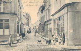 J72 - 16 - JARNAC - Charente - Rue Gambetta - Jarnac