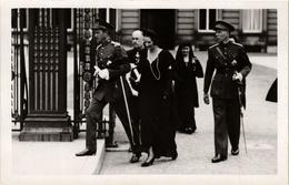 CPA AK Le Roi Leopold III Et La Reine Astrid BELGIAN ROYALTY (759152) - Familles Royales