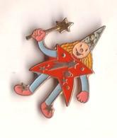 DD66 Pin's Cirque Clown Magie Magicien ROUGE Achat Immédiat - Personajes Célebres