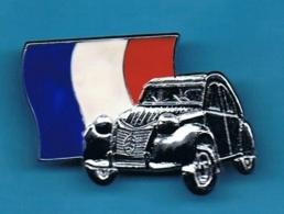 1 PIN'S //  ** 2 CV / DEUDEUCHE / FRANCE **. (© Deudoche Club France Tirage = 500 Paris) - Citroën