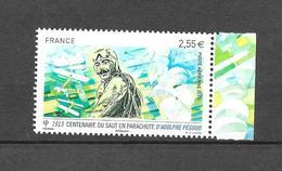 Centenaire Du Saut En Parachute. Bloc. (Voir Commentaires) - 1960-.... Neufs