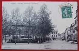 Cpa 55 STENAY Place De La Republique Kiosque JAJOUX EBENISTE - Stenay
