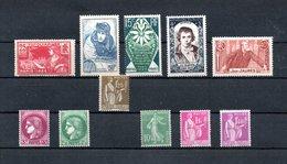 B320 Bel Ensemble De Timbres ** Pour Une Côte De 269 Euros. A Saisir !!!. - Stamps