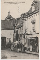 37 - Châteaurenault - Vieilles Maisons Du Tertre De L'Horloge - Animée - Boutique - Andere Gemeenten