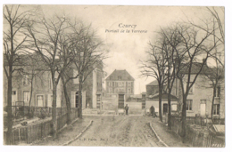 Courcy - Portail De La Verrerie - Animée - VP Paris N°4 - Circulé 1904 - Mr QUINET - Autres Communes