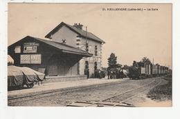 VIEILLEVIGNE - LA GARE - TRAIN - 44 - Otros Municipios
