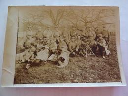 Photo Soldats Avec Mitrailleuses à Lucheux En 1915 - Lucheux