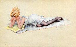 Femme En Tenue Sexy Allongée Fumant Une Cigarette Illustré Par Maurice MILLIERE - Milliere