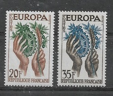 FRANCE   Yvert  N° 1122 Et 1123 **  EUROPA 1957 - Neufs