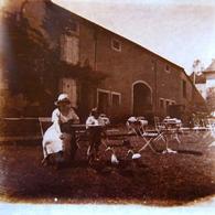 Plaque POSITIVE, Halte à Contrexeville En 1921  ,  Vue Stéréoscopique 10.5X4.5 - Stereoscopic