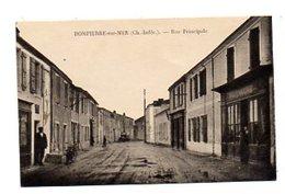 CPA - 17 - DOMPIERRE-sur-MER (Char Inf) - Rue Principale, Commerces Divers Rouennerie, Café Tabac Voy 1926 - France
