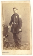 Soldat De La Guerre 1870 ( Plaque De Shako Napoléon ) 1869 Lieutenant Chasseur à Pied - Weltkrieg 1914-18