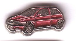 L256 Pin's FIAT ? Petite Voiture ROUGE Qualité Top Achat Immédiat Immédiat - Fiat