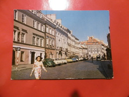 Warszawa - Ulica Freta - Voiture WV Coccinelle - Polonia