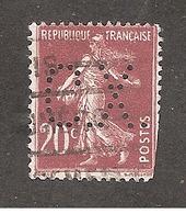 Perforé/perfin/lochung France No 139 C.X. Sté Des Mines De Carmaux Houillères D'Aquitaine - Gezähnt (Perforiert/Gezähnt)