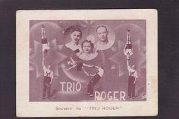 CPA Cirque Acrobate Circus Cirk Spectacle Non Circulé Trio Roger - Circus