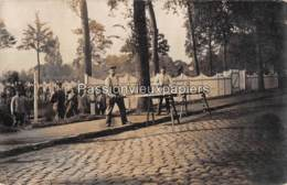 CARTE PHOTO ALLEMANDE LIER  BEGRAAFPLAATS DER GESNEUVELDE SOLDATEN BUITENZICHT - Lier