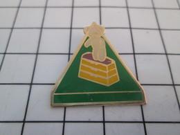 620 Pin's Pins / Beau & Rare / THEME : SPORTS / GYMNASTIQUE OURS EN PELUCHE - Gymnastique