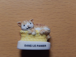 CHAT  - DANS LE PANIER - Dieren