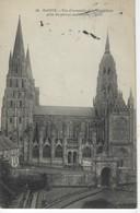 14 ( Calvados ) - BAYEUX - Vue D'ensemble De La Cathedrale Prise Du Perron De L'Eveche - Bayeux