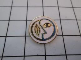 1217  Pin's Pins / Beau & Rare / THEME : AUTRES / UNE BOUCHE UN OEIL C'est Beau Comme Du Picasso ... Donc Moche ! - Sonstige