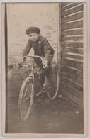 Arménie   Jeune  Arménien à Vélo  (2 Scan) - Arménie