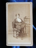 CDV Photo Anonyme - Actrice Georgette Viguier Dite Georgette Olivier Ou Ollivier, En Costume D'homme Sec. Empire L292 - Oud (voor 1900)