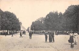 ¤¤  -     LAVAL    -   Place De L'Hôtel De Ville     -  ¤¤ - Laval
