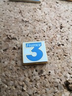 1 Pins France 3 Arthus Bertrand - Arthus Bertrand
