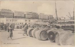 ALGER - LES QUAIS - Bateau - Plusieurs Personnes - Nombreux (Fûts) Tonneaux - Alger