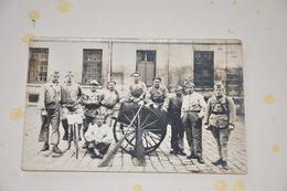 Carte Photo Militaires Vélo, Charrette  à Identifier Poilu - War 1914-18