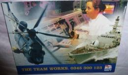 Carte Postale Double - The Team Works - Royal Navy (hélicoptère - Militaire) - Publicidad