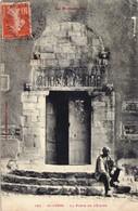66)  SAINT GENIS Des FONTAINES   -  Le Portail De L'Eglise - France