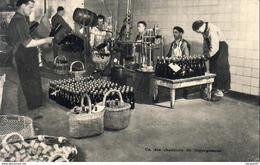 Publicité Alimentaire CHAMPAGNE A.PERRIN  ......... Un Des Chantiers De Dégorgement A Ay Champagne 51 - Ay En Champagne