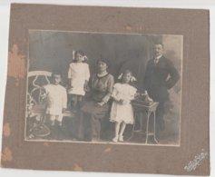 9106 Eb.   Vintage Old Foto Photo Famiglia Family - Dante Soldini - Chiasso  22x18   17x12 - Personnes Anonymes