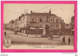 CPA (Réf : VV403) ROANNE (42 LOIRE) La Place D'Armes (animée, Vieilles Voitures) - Roanne