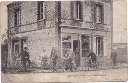 Dépt 28 - CLÉVILLIERS - Maison DUBOSC (Café) - Très Animée, Cyclistes, Motocyclette - Vendue En L'état - Other Municipalities