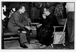 La Main Gauche Du Diable   Edward Dmytryk  Et Humphrey Bogart - Actors