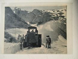 Val D'Isère - Concours De Chasse Neige - Tracteur De Neige - Coupure De Presse De 1948 - Tracteurs