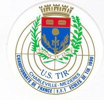 Autocollant Publicitaire - Tir Sportif -  FFTir - Championnat De France Des Ecoles De Tir CHARLEVILLE-MEZIERES  1990 - Autocollants